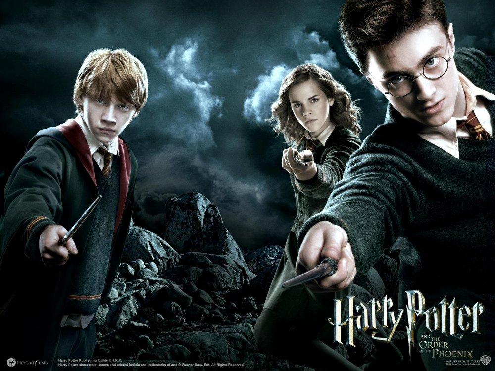 Harry-potter3.thumb.jpg.e24ccf5c031b589a8583e00cb500a065.jpg